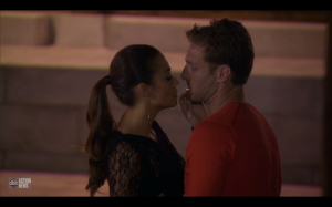 Sharleen inspects Juan Pablo's lip