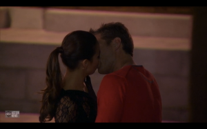 Juan Pablo eats Sharleen's face